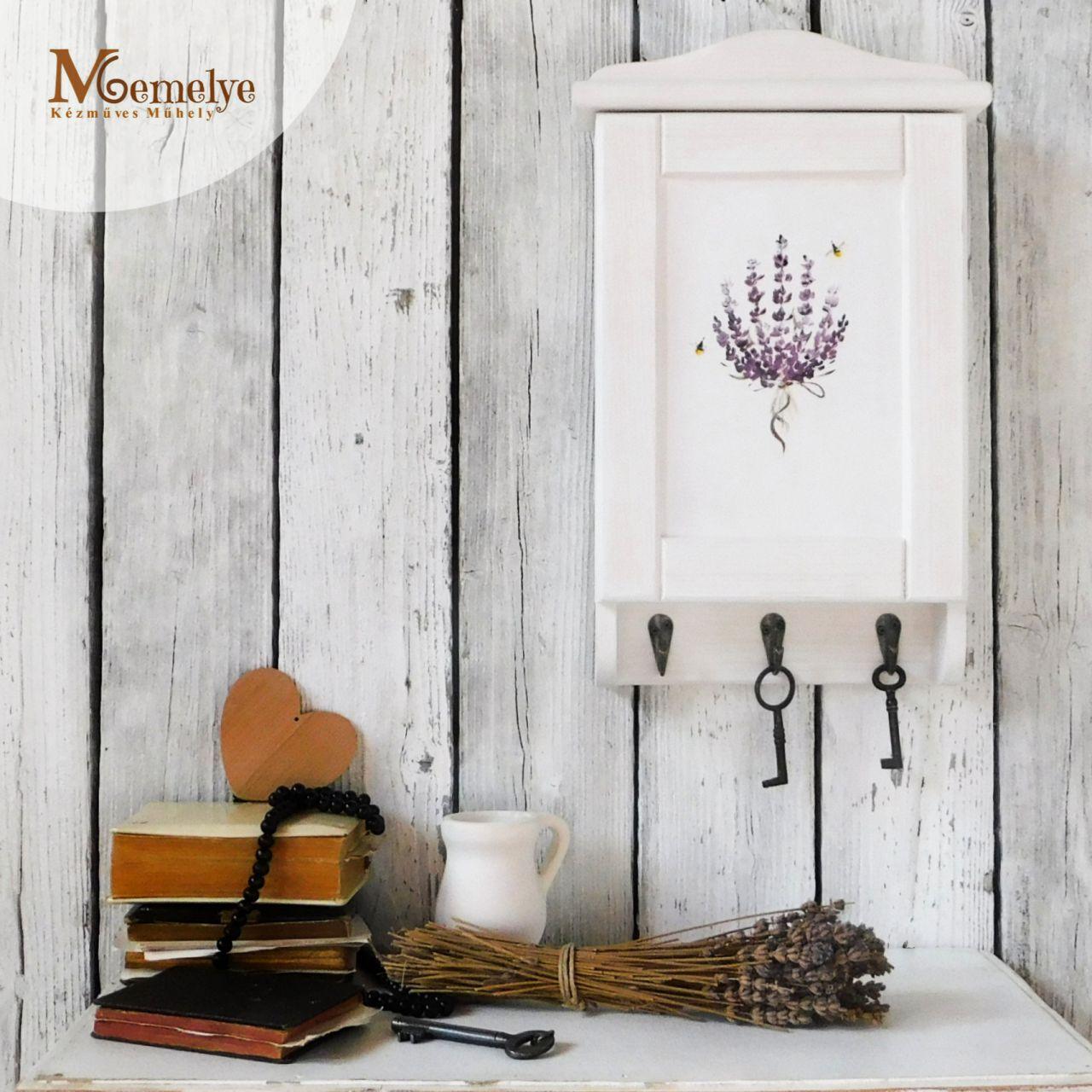 Lavender kulcstartó szekrény