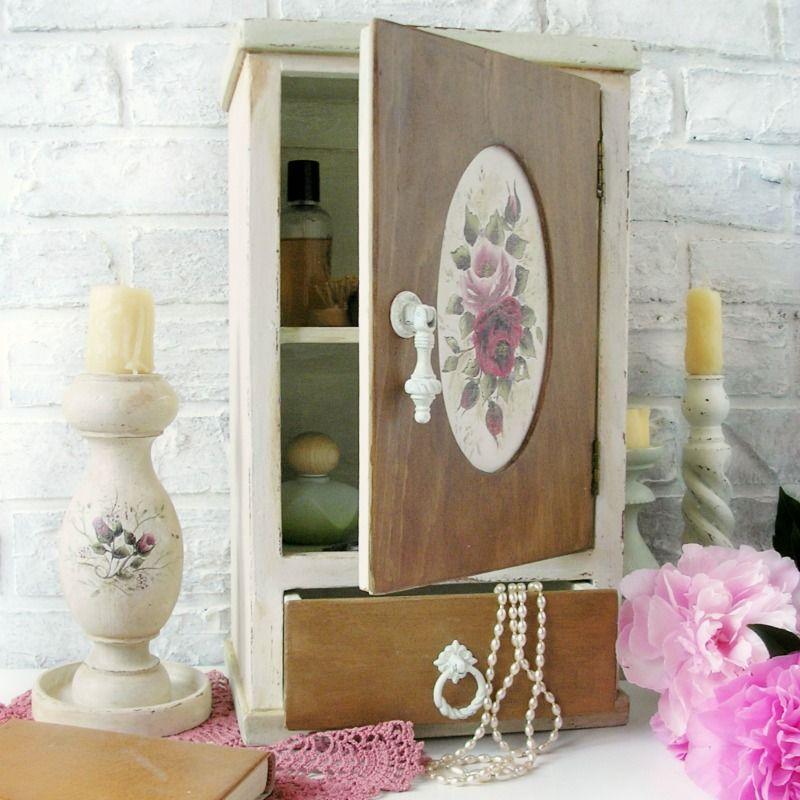Rózsa faliszekrény, szekrény