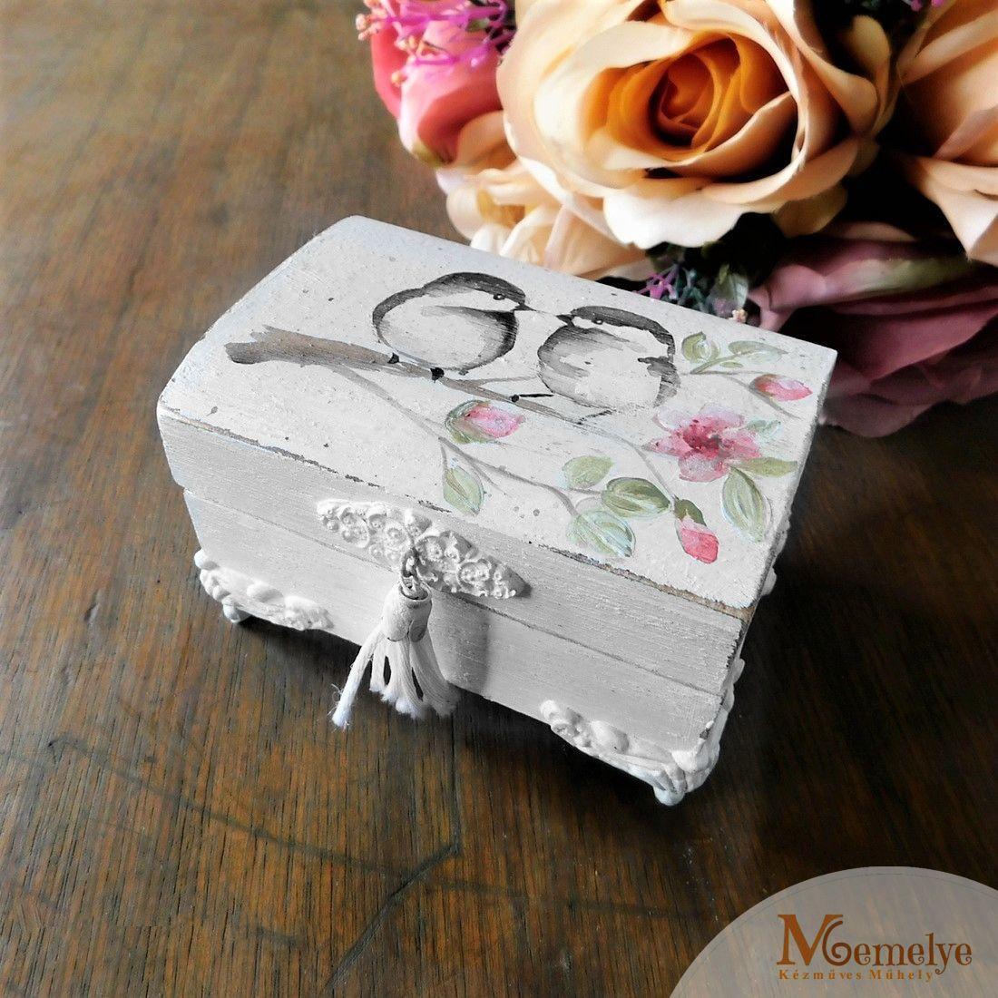 Esküvői gyűrűtartó doboz
