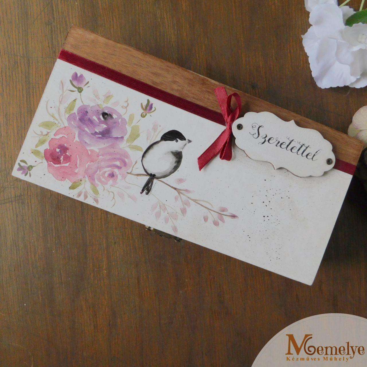 Rózsás pénzátadó doboz